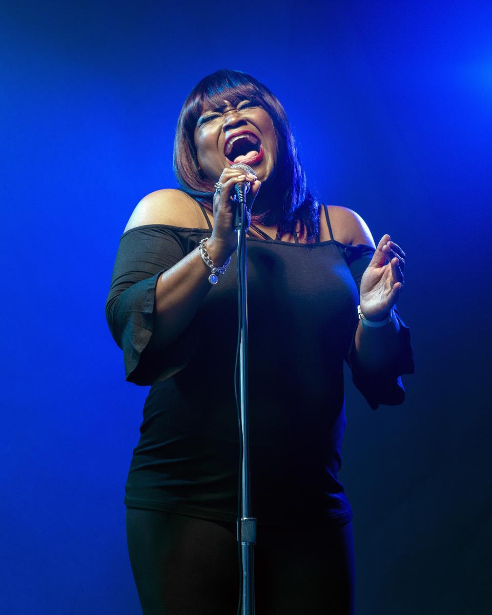 Shemekia Copeland on stage, singing